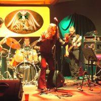 cherchons un booker/tourneur pour  le groupe REBIRTH  Hommage au Rock Progressif